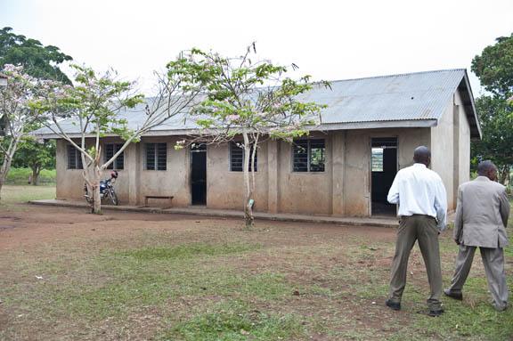 Run down Ugandan classrooms