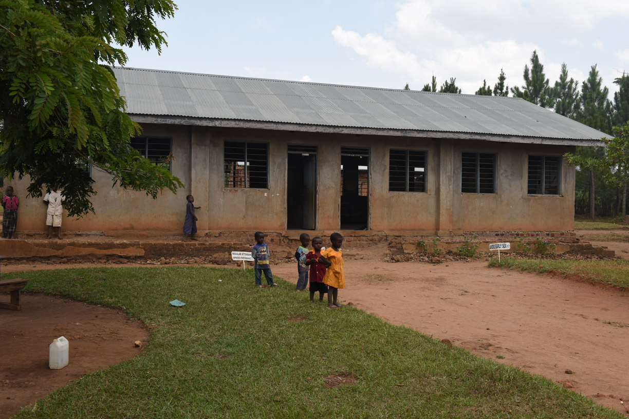 2 classroom block requiring renovation