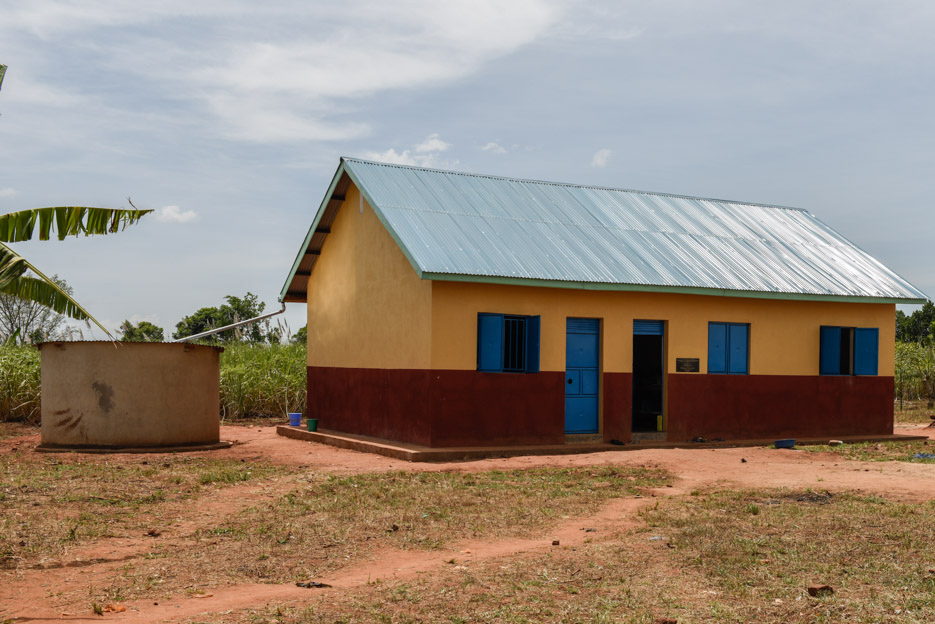 Magogo Secondarytank, plus guttering attached to a girls' dorm